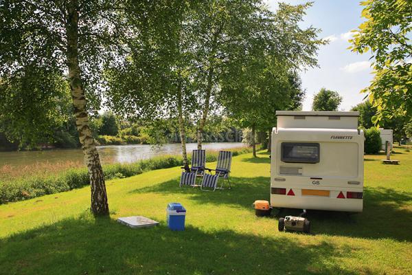 Camping De La Plage Blanche