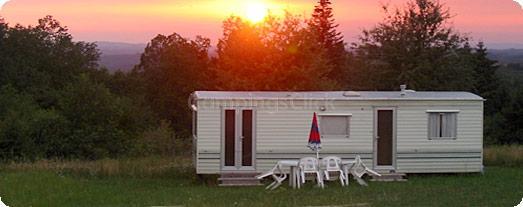 Camping Naturiste Domaine des Monts de Bussy
